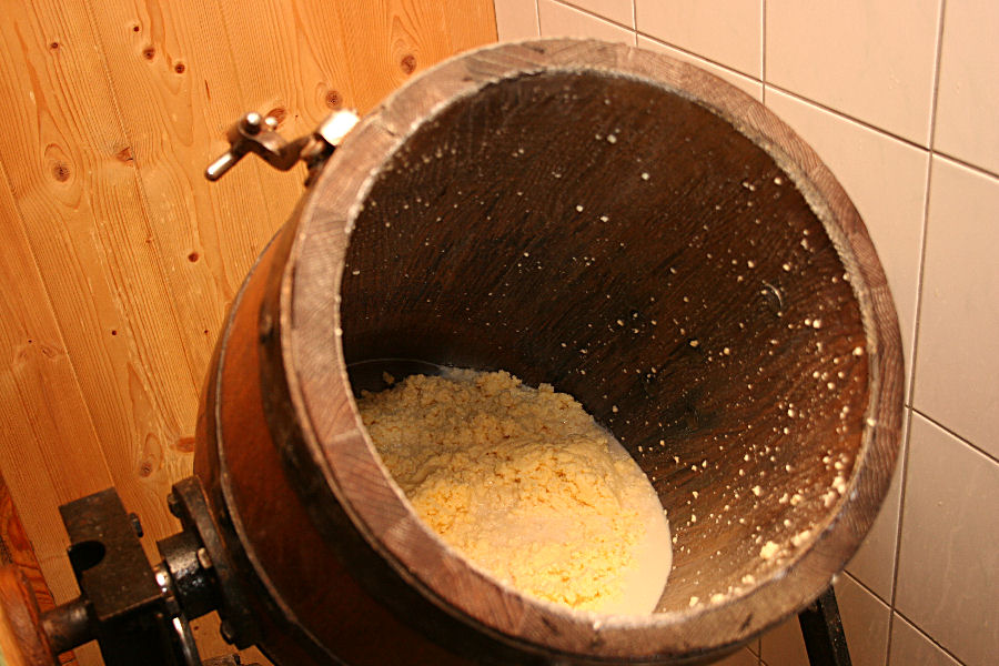 Buttererzeugung auf der Langfeldhütte