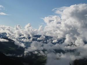 Wolkenstimmung auf der Alm